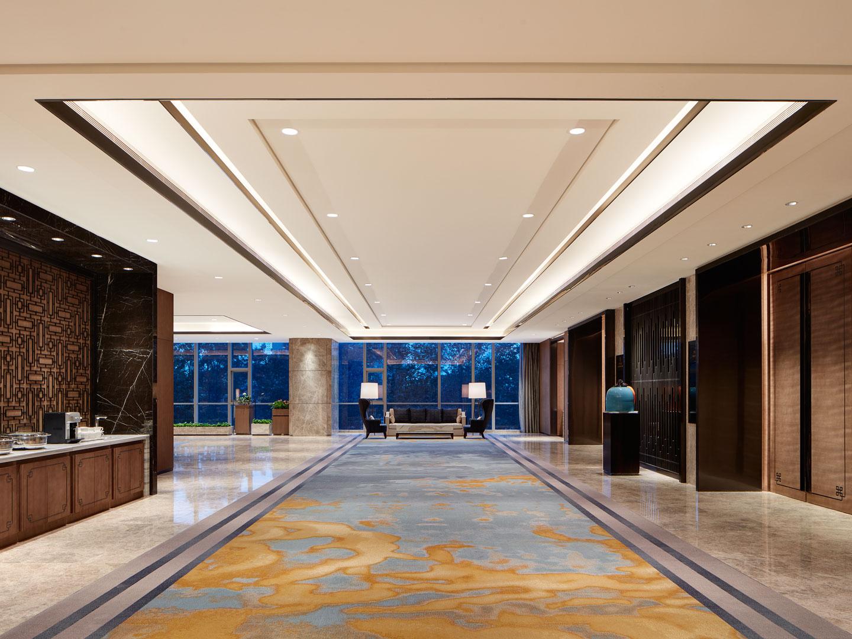 还有在设计过程中,很多酒店管理者容易忽略的一个重要问题就是工程