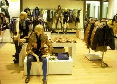 LILY精品女装加盟店品牌服